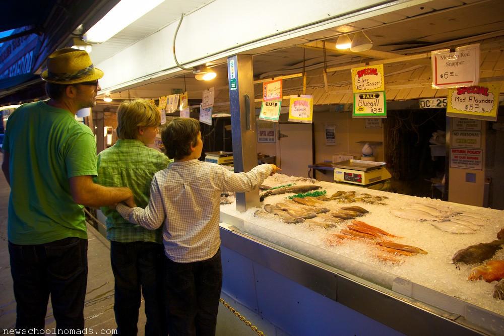 Fish market washington dc newschool nomads for Washington fish market
