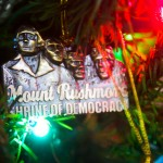 Mt Rushmore Christmas Ornament