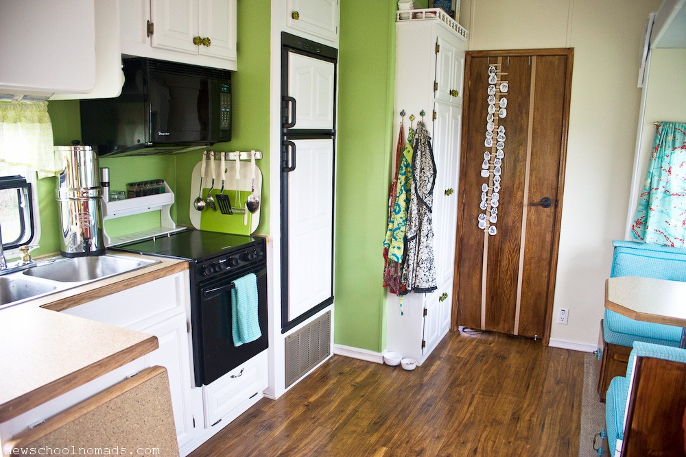 RV Redecorate Kitchen