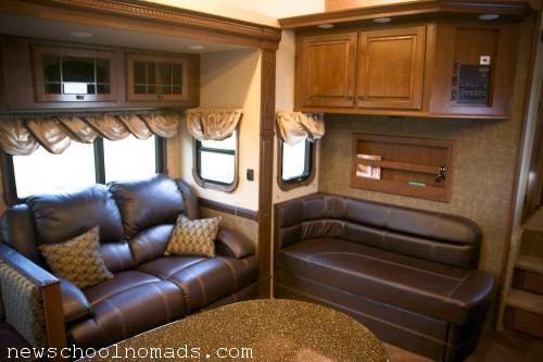 Heartland Gateway 5 slide living room