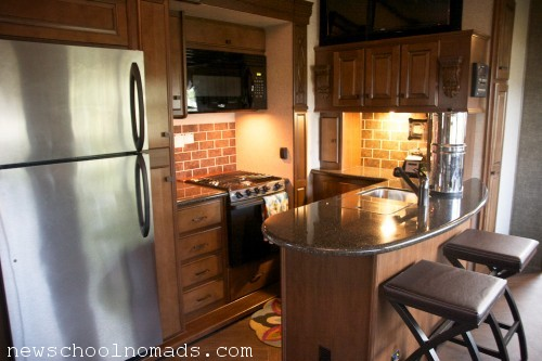 Residential Fridge Fifth Wheel Heartland Gateway 3650bh
