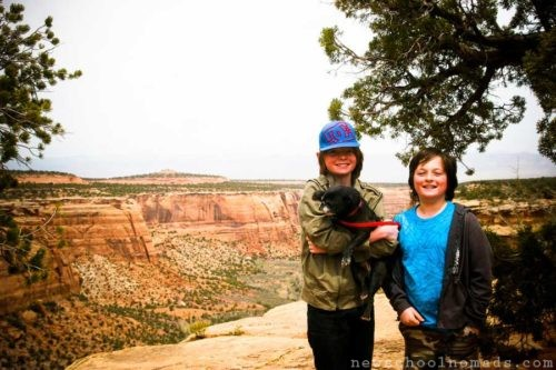Brothers-at-Colorado-National-Monument-CO2