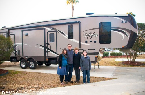 Dixie RV Heartland Gateway 3650BH